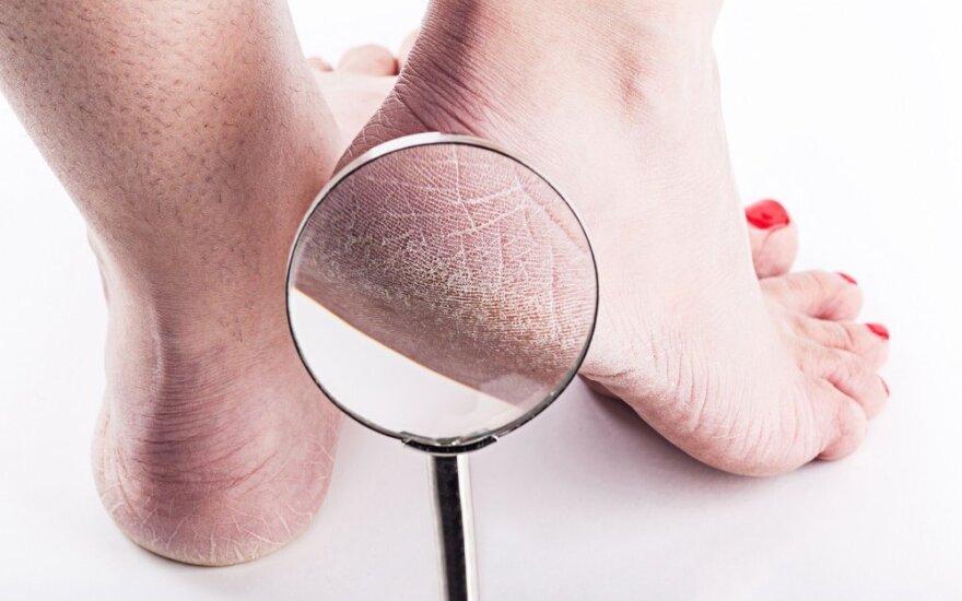 Procedūros, kurios jūsų pėdas pavers švelniomis it kūdikio