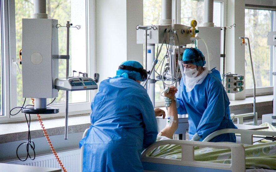 COVID-19 pandemijos pabaigos prognozės: Lietuvos profesoriai pasakė, kada viskas turėtų baigtis