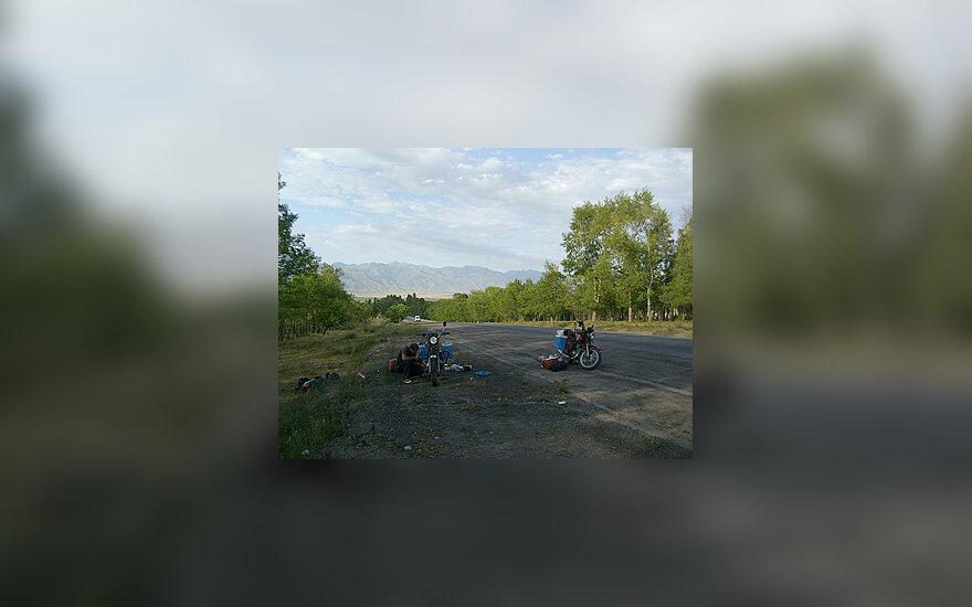 Motociklais į Centrinę Aziją