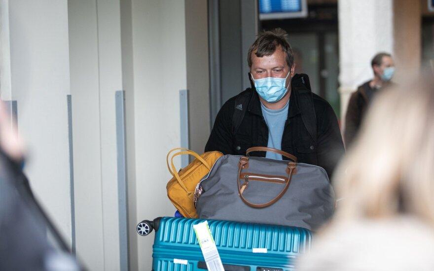 Penki iš septynių naujų atvejų yra įvežtiniai: koronavirusas nustatytas ir Vilniaus rajone nužudytam asmeniui