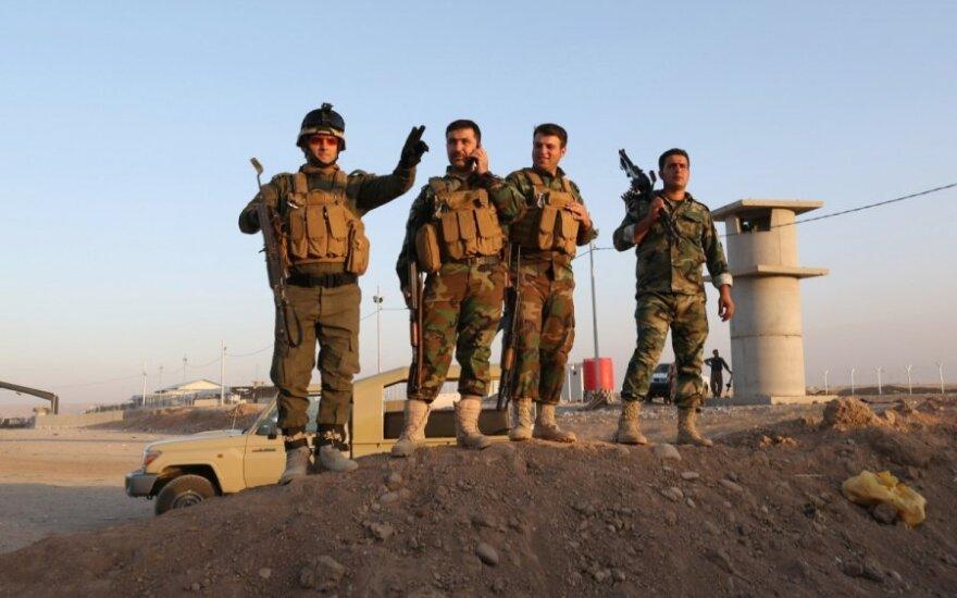 """JAV: Irako kurdai """"apginkluojami iš įvairių šaltinių"""""""