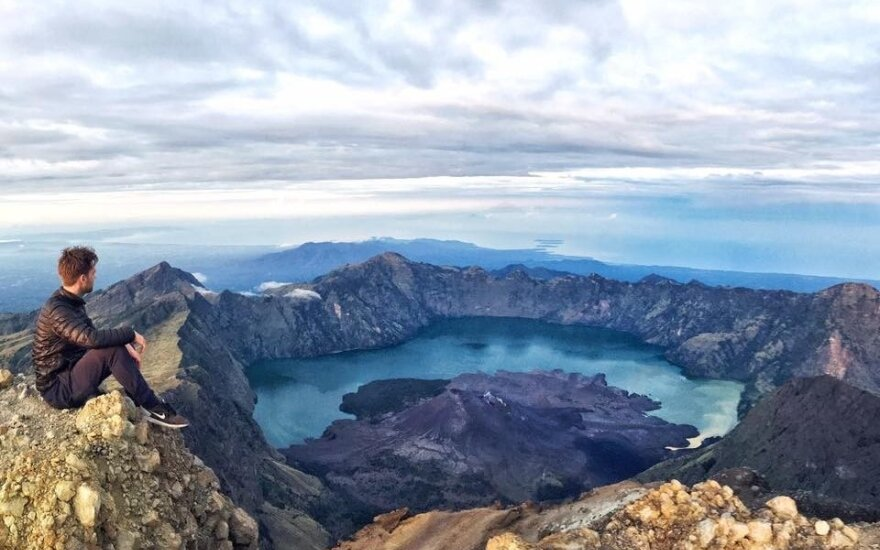 Nelegaliai į Indonezijos vulkaną kopęs lietuvis: dauguma pusiaukelėje apsisuka ir grįžta žemyn