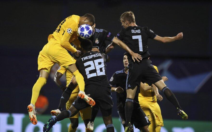 """Zagrebo """"Dinamo"""" (tamsi apranga) neatsilaikė prieš Berno """"Young Boys"""""""