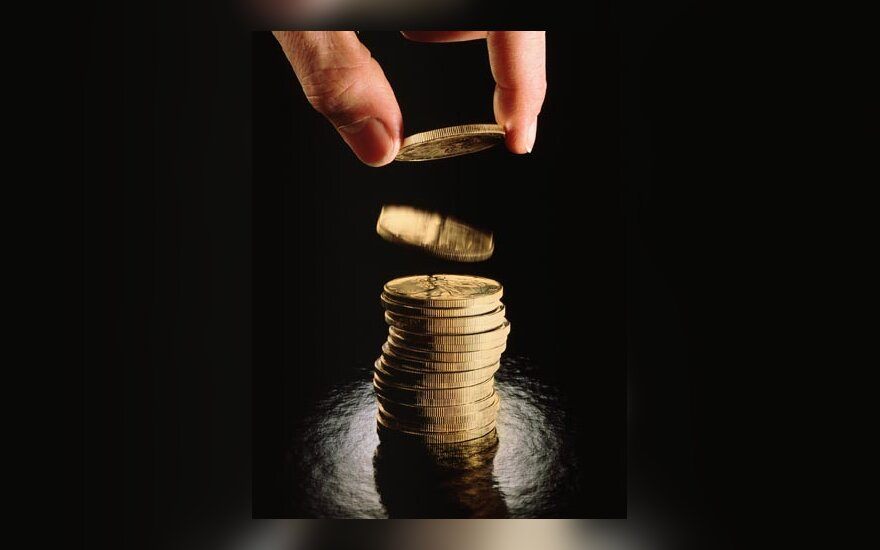 Monetos, pinigai, monetų piramidė, verslas