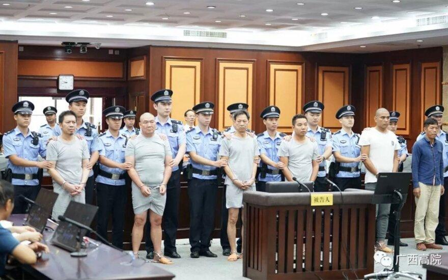 Žmogžudystės užsakovas Tanas Youhui ir nusamdyti žudikai teisme