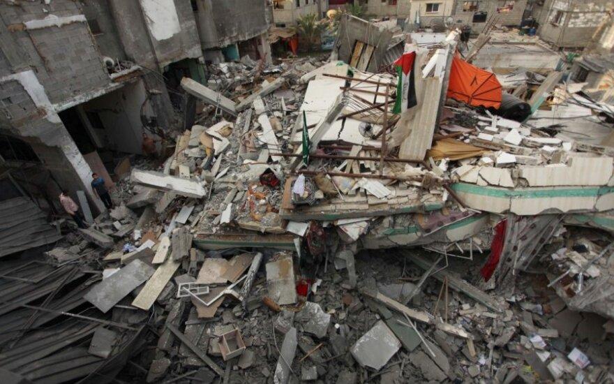 Izraelis sutiko keturioms valandoms nutraukti ugnį Gazos Ruože
