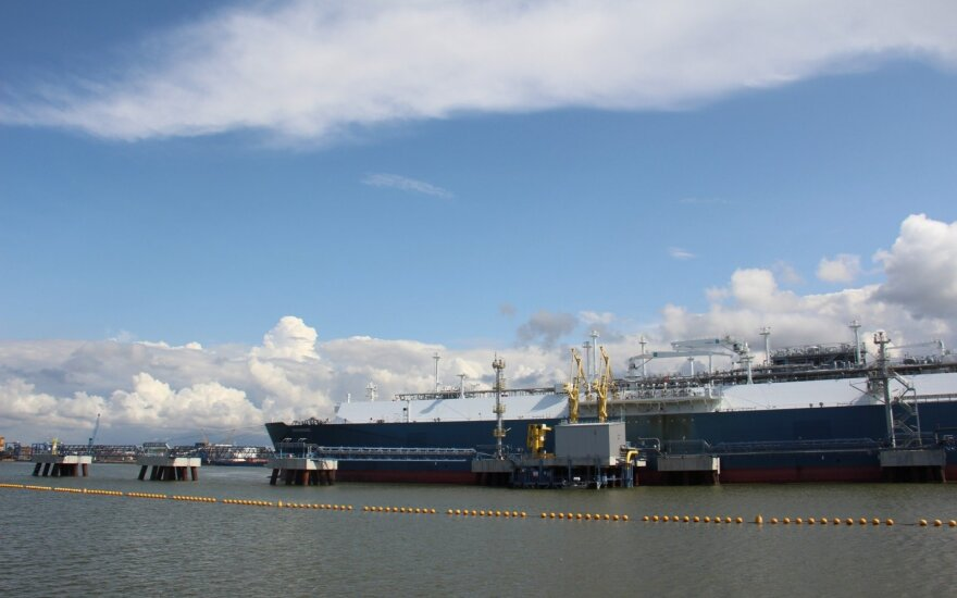 Į Klaipėdą atplaukia naujas SGD krovinys