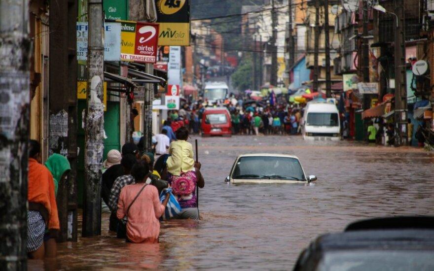 Smarkių liūčių plaunamame Madagaskare žuvo daugiau kaip 20 žmonių