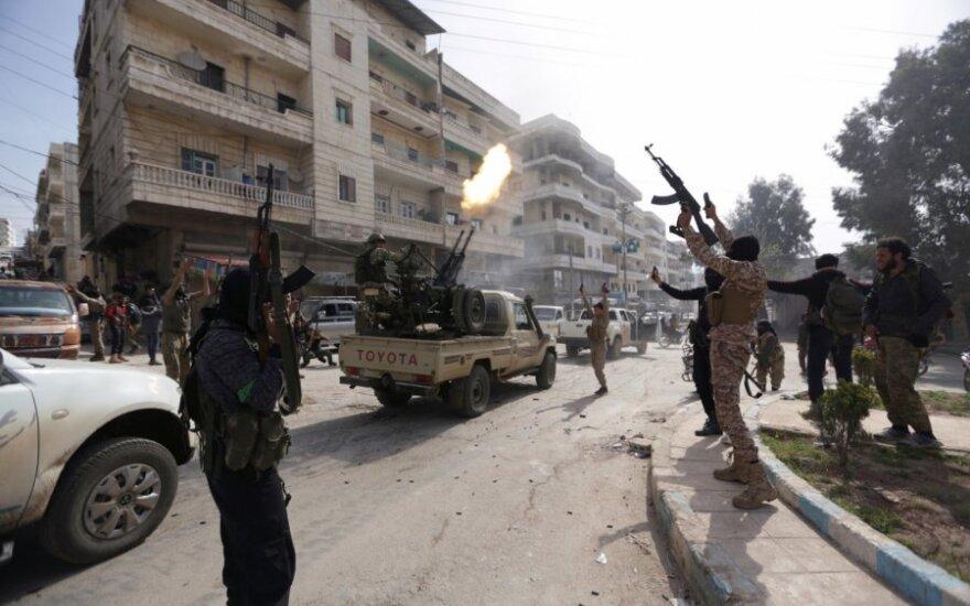 Turkija, Rusija ir Iranas ragina Sirijoje skelbti ilgalaikes paliaubas