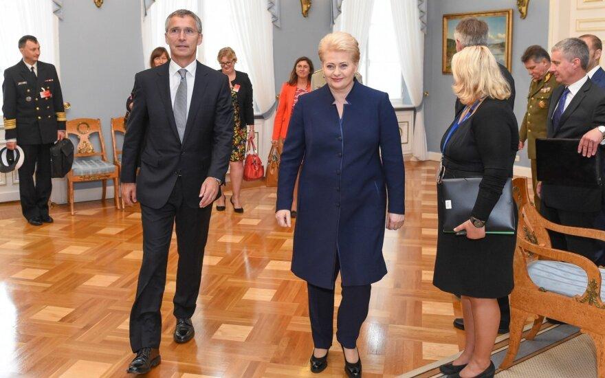 Jensas Stoltenbergas ir Dalia Grybauskaitė