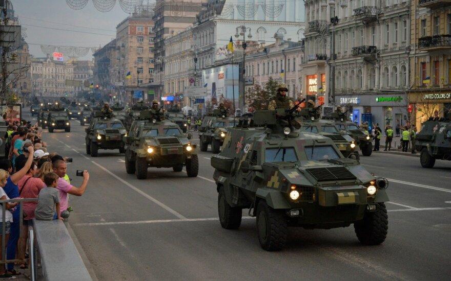 Piliečiai įspėjami: pagalvokite, ar tikrai norite vykti į Ukrainą