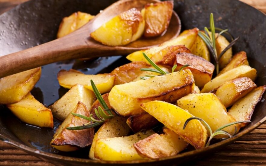 Patarimai, kokias bulves rinktis cepelinams, o kokias – blynams