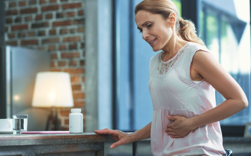 Moterį kankina neaiškūs skausmai.