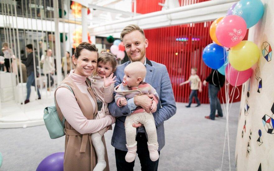 Laura ir Šarūnas Mazalai susilaukė trečiojo vaikelio, suteikė neįprastą vardą