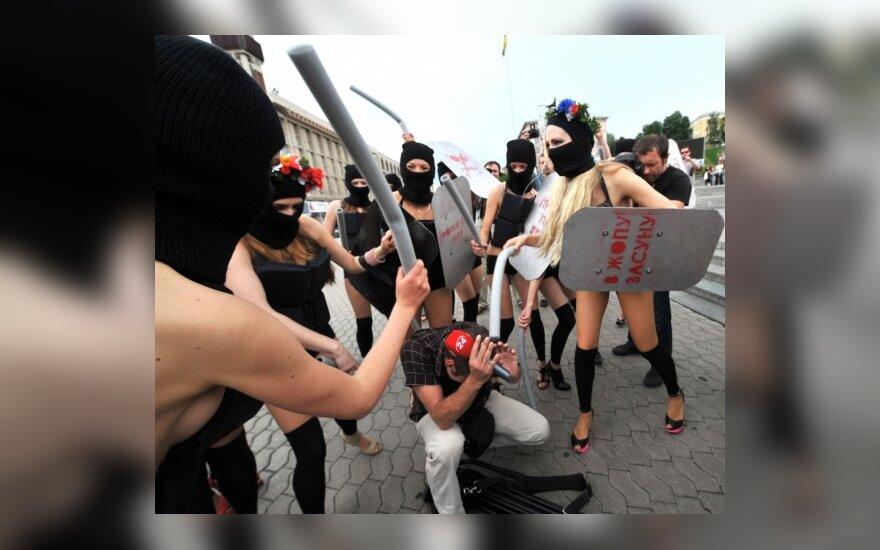 Feministės V.Janukovičaus prezidentavimo pradžią vadina 100 prievartos dienų
