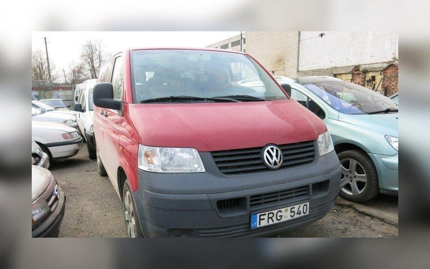 """Teismas  konfiskavo bendrovės """"Senasis Rambynas"""" automobilį """"VW Transporter"""""""