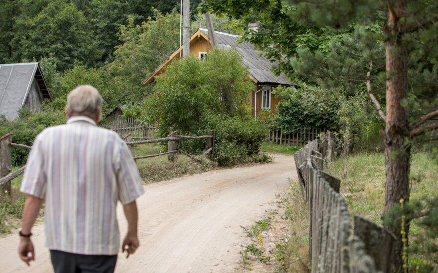 Skurdo skaičiai Lietuvoje toliau glumina: ar gali už tokią sumą išgyventi šeima su vaikais