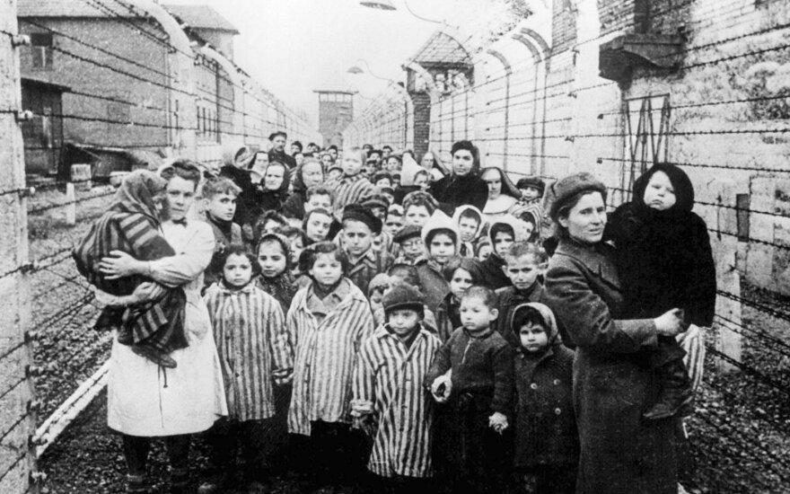 Tyrimas: prancūzai menkai žino apie holokaustą