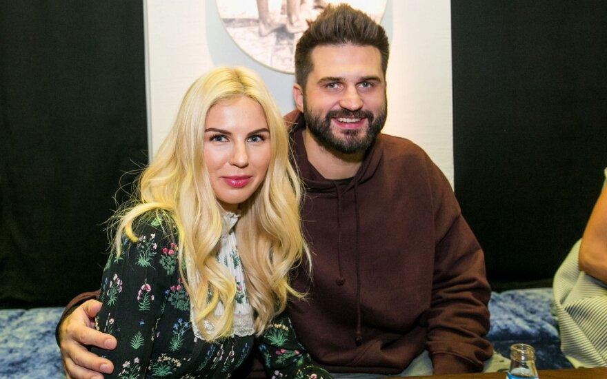 Linas Kleiza su žmona