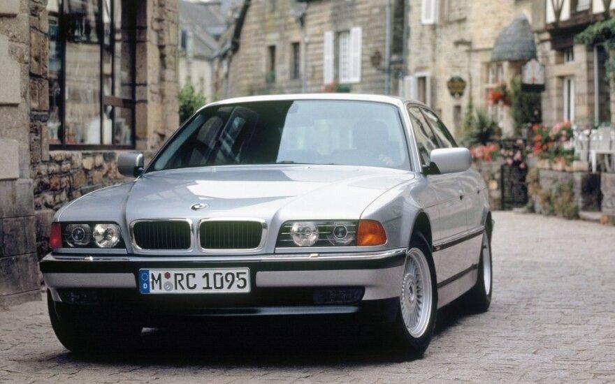 Trečios kartos BMW 7