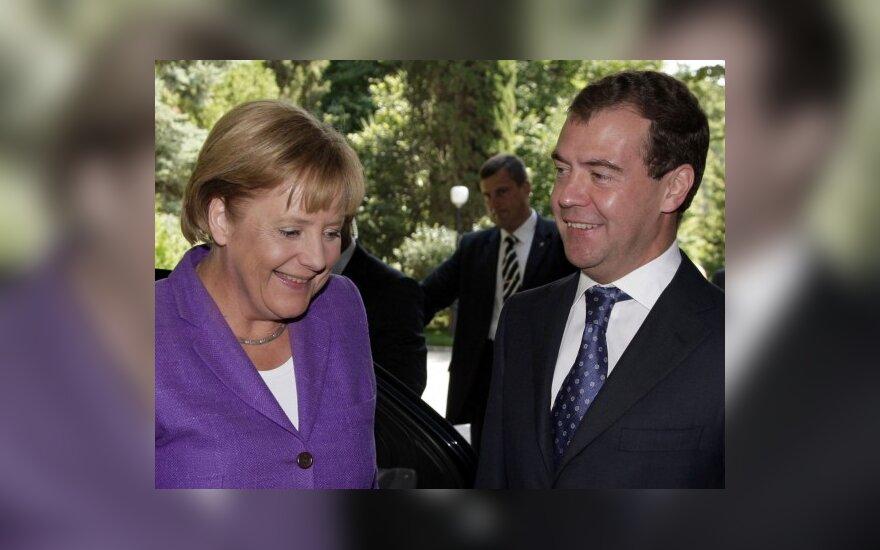 Angela Merkel ir Dmitrijus Medvedevas