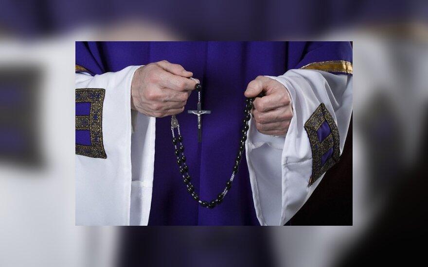 Apie pavojus kelyje – ir iš kunigų lūpų