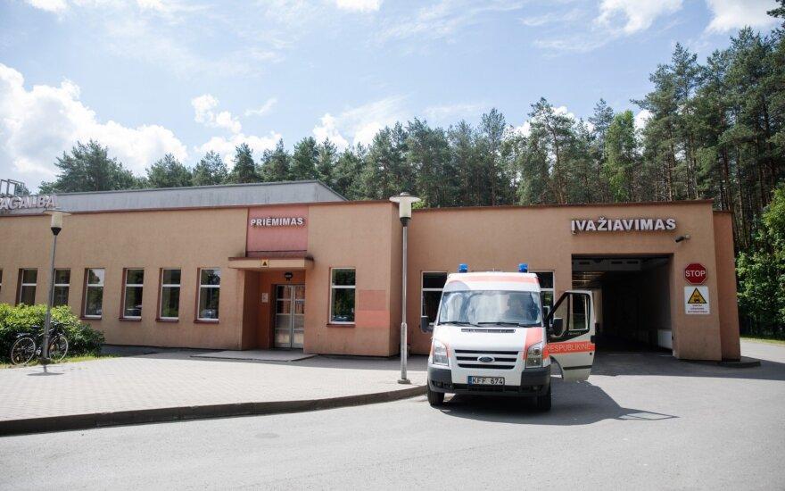 Vilniaus ligoninėje mirusios moters vyras kreipėsi į prokuratūrą dėl generalinio direktoriaus veiksmų