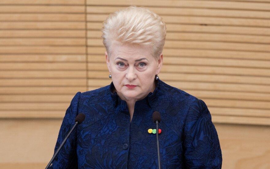 Seimas priėmė Grybauskaitės siūlymą dėl baudų už reklamos pažeidimus