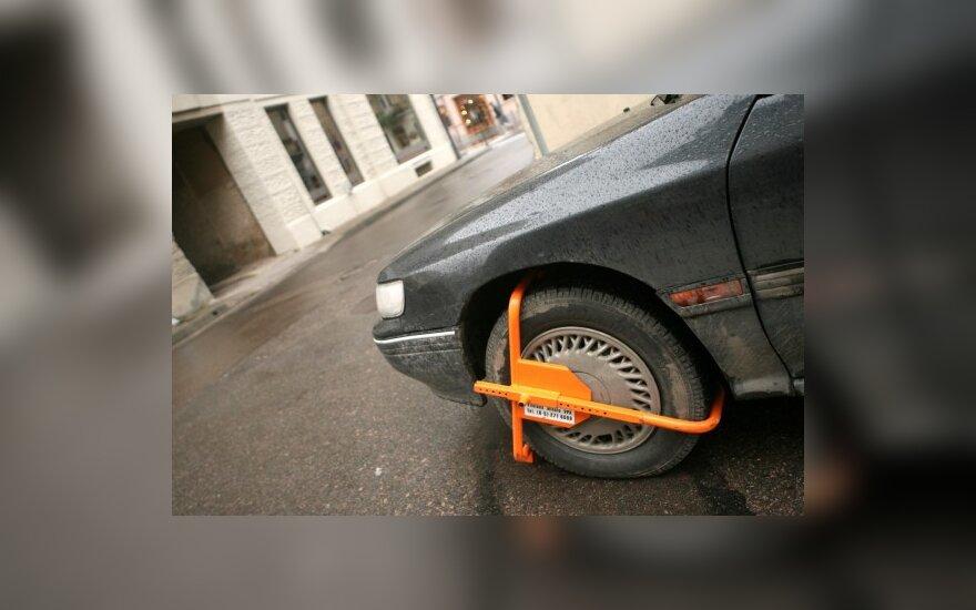 Seimas padidino baudas už kelių eismo taisyklių pažeidimus