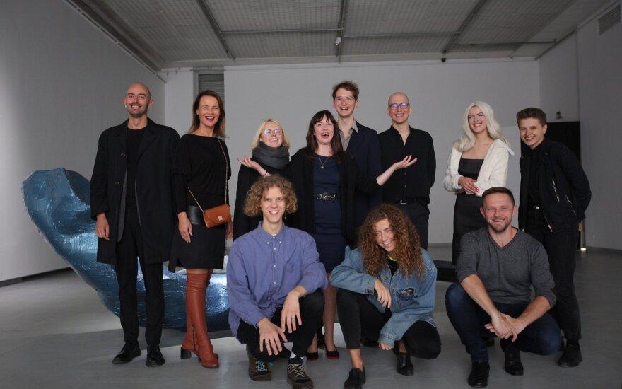 """Parodos """"JCDecaux premija 2019"""" dalyviai, kuratoriai  ir organizatoriai"""