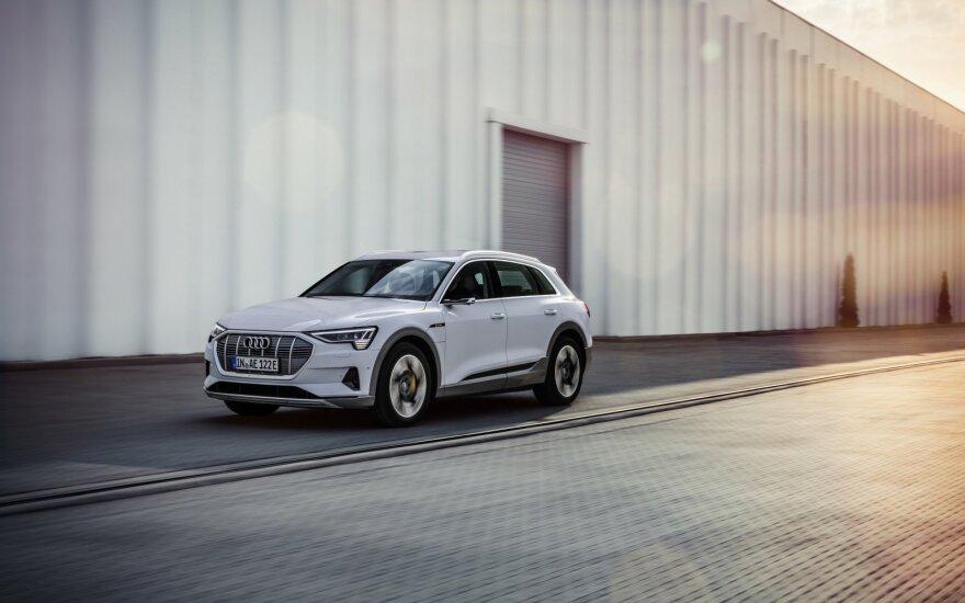 """""""Audi e-tron 50 quattro"""""""