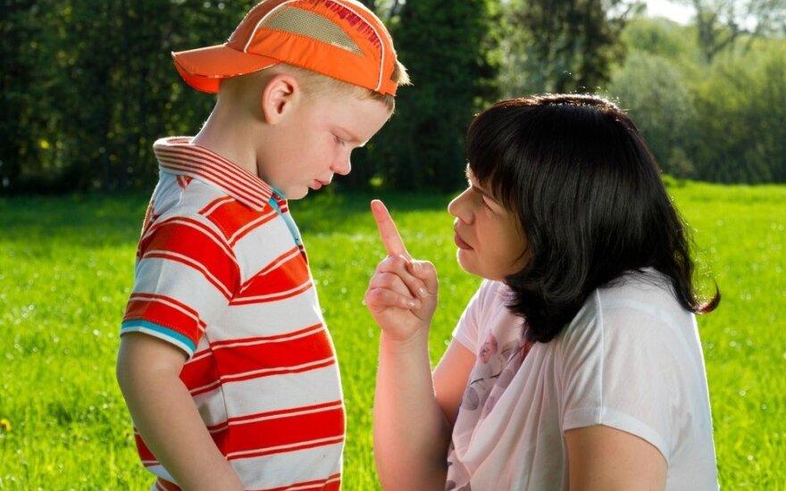 """Jei žodį """"auklėjimas"""" pakeistume žodžiu """"mokymas"""", vaikų elgesio problemos išsispręstų"""