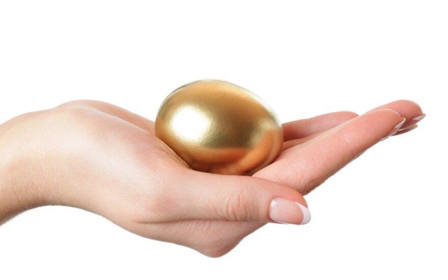 """<font class=""""delfi-highlight"""">Auksiniai kiaušiniai:</font> apdovanojimams siūlyk geriausią metų frazę!"""