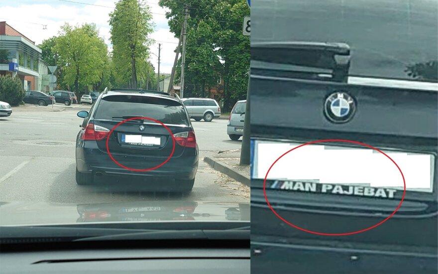 Lietuvoje išpopuliarėjo automobilių numerių rėmeliai su necenzūriniais užrašais