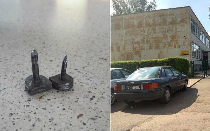 Karas dėl automobilių Kėdainiuose tęsiasi: terorizuojami gyventojai įtaria garbaus amžiaus moterį