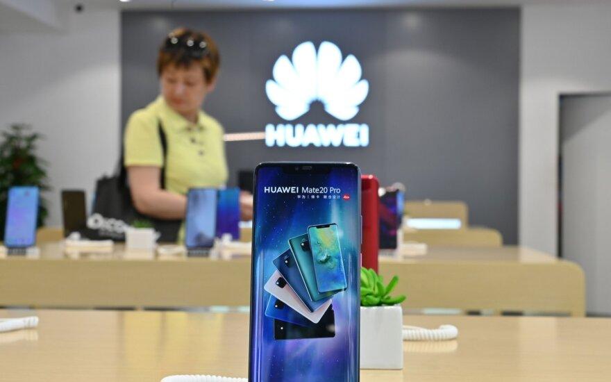 """Nepaisant JAV sankcijų, """"Huawei"""" įplaukos pirmąjį pusmetį padidėjo beveik ketvirtadaliu"""