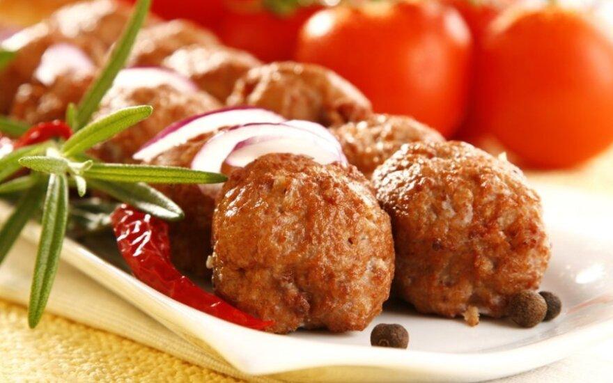 Cukinija su mėsos kukuliais