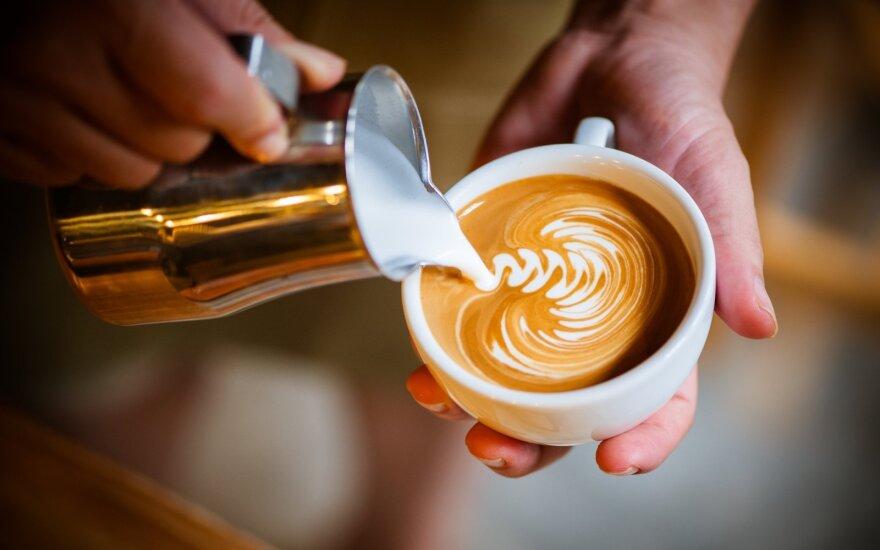 Robustos mėgėjai daro paslaugą visiems: kavos puodelis jums kainuos mažiau