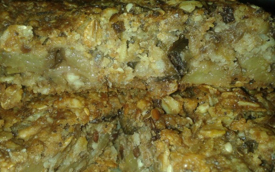 Pilnagrūdis pyragas
