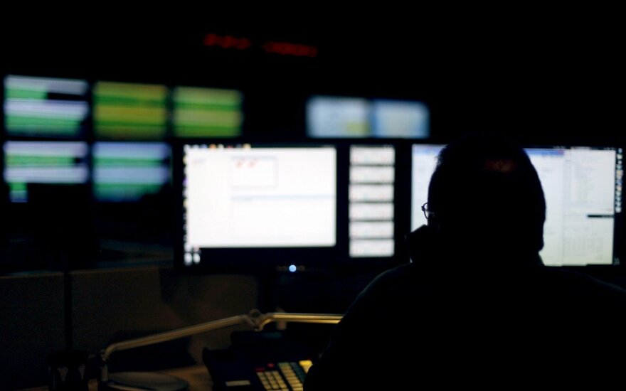 JAV apkaltino keturis kinų kariškius pavogus milijonų žmonių asmeninius duomenis