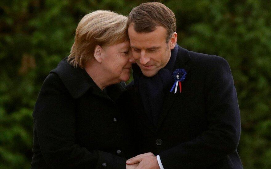E. Macronas ir A. Merkel Paryžiuje pažymėjo Pirmojo pasaulinio karo pabaigos jubiliejų