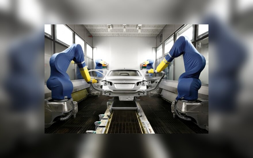 Lenkijos automobilių pramonė lapkritį išaugo beveik 32 proc.
