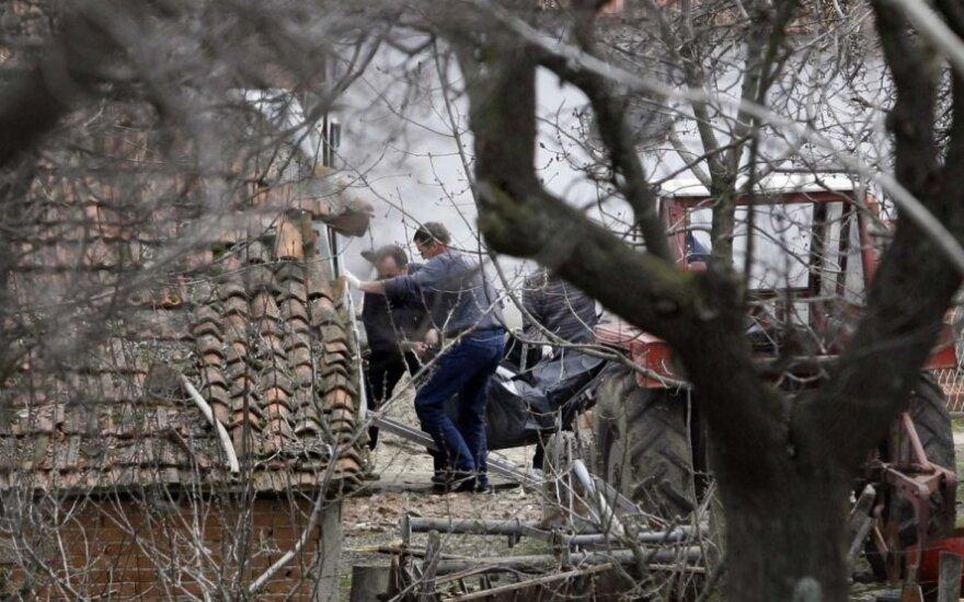 Serbijoje gedima 13 žmonių, nužudytų per pasibaisėtinas šaudynes