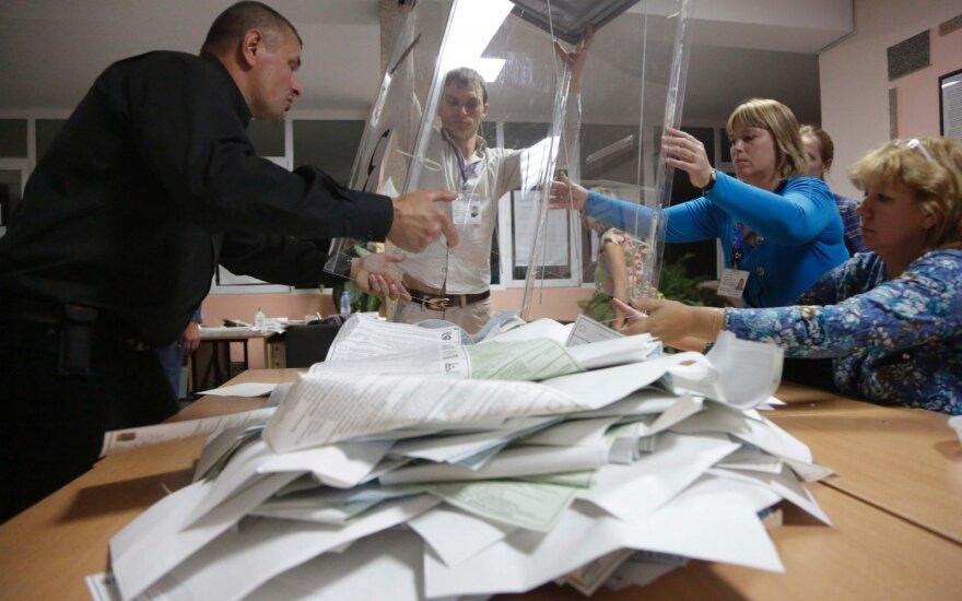 Rusija rinkimus ketina rengti V. Putino dekreto pripažinti Krymą dieną