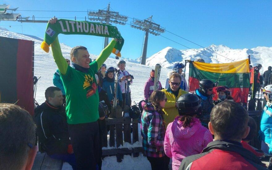 Sveikinimai su Vasario 16-ąja – ir iš Italijos kalnų