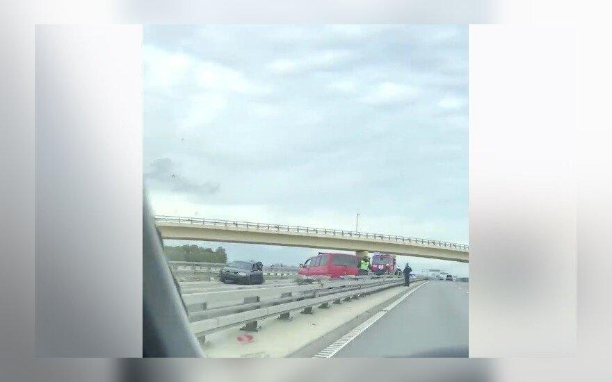Tragiška avarija prie Klaipėdos: jaunas vyras žuvo, dalis kelio uždaryta