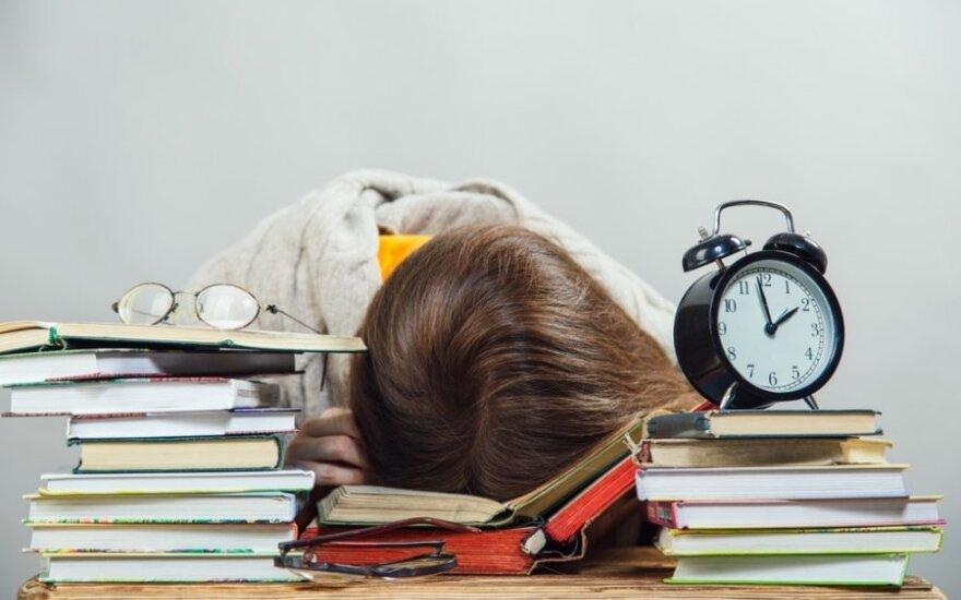 Psichologas apie egzaminų laikymą: nedidelis stresas gali būti naudingas