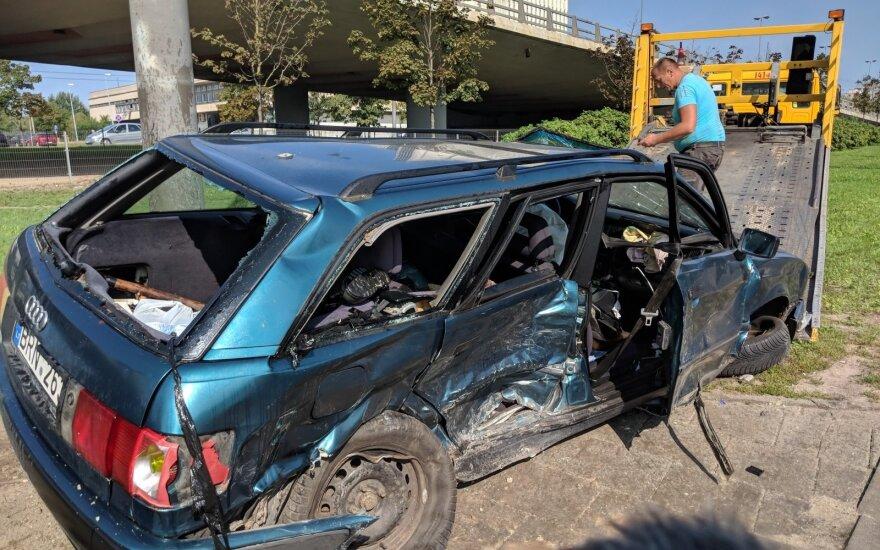 Didelė avarija sostinėje: medikai skubiai į ligoninę išvežė 5 sužalotus žmones