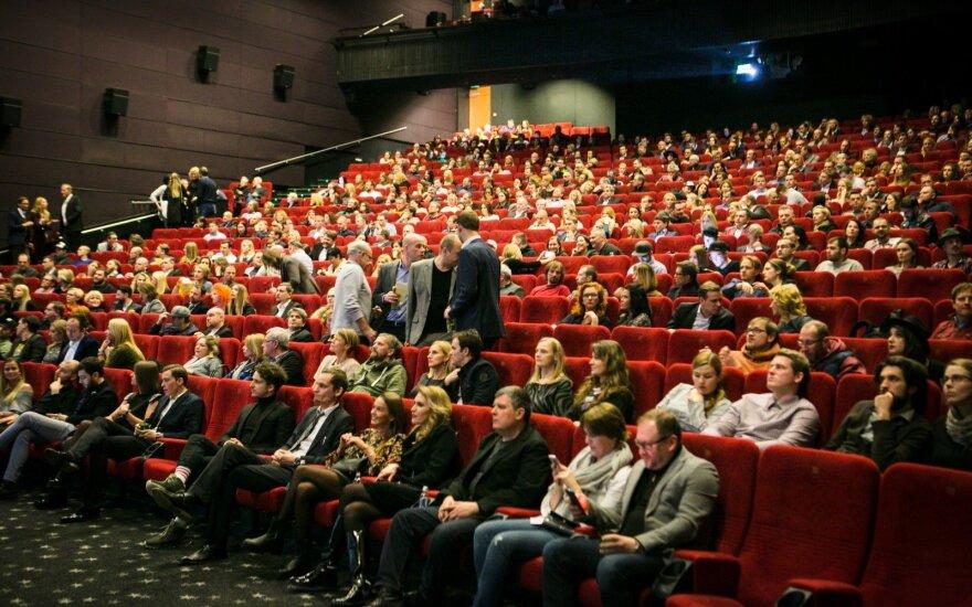 Susirūpinęs kino mėgėjas: ar tai ne propagandinis filmas?