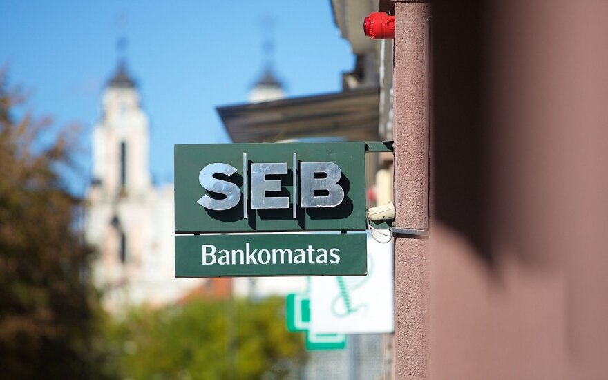 SEB considers negative interest on business deposits